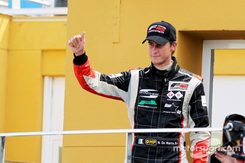 Race 1 winnaar Nicolas de Marco