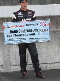 Pole winner Helio Castroneves, Team Penske
