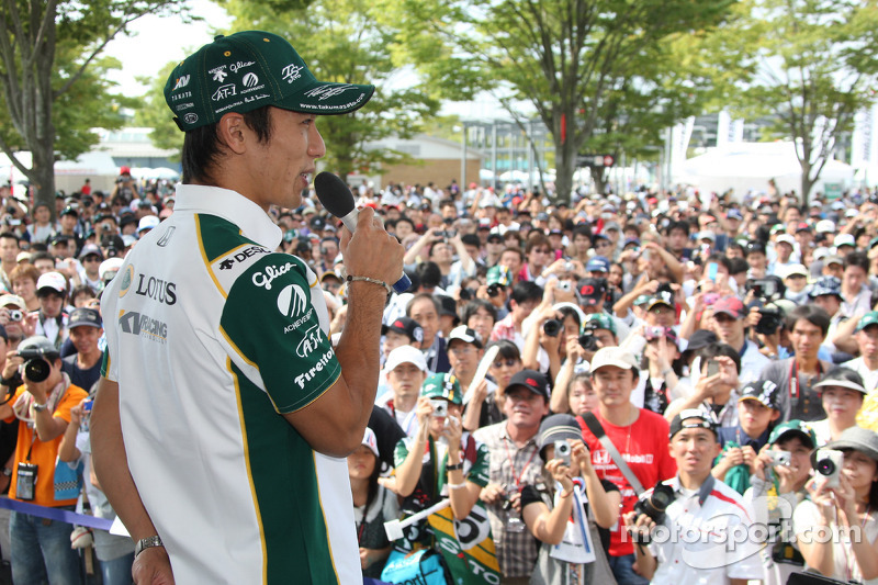 Takuma Sato, KV Racing Technology met de fans