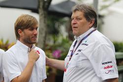 Nick Heidfeld, BMW Sauber F1 Team and Norbert Haug, Mercedes, Motorsport chief