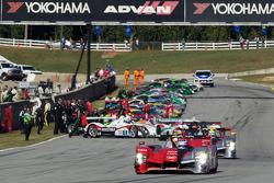#9 Audi Sport Team Joest Audi R15: Marcel Fässler, Andre Lotterer, Benoit Treluyer heads to pace lap