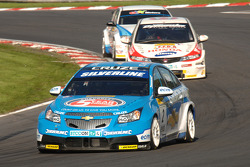 Jason Palto leads Matt Neal and Rob Collard