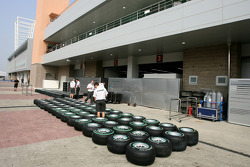 Mercedes GP, Bridgestone tyres