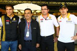 Vitaly Petrov, Renault F1 Team, Carlos Ghosn Renault President, Eric Boullier, Team Principal, Renault F1 Team and Robert Kubica, Renault F1 Team
