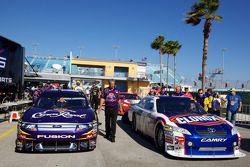 Cars of Matt Kenseth, Roush Fenway Racing Ford and Marcos Ambrose, JTG Daugherty Racing Toyota at technical inspection