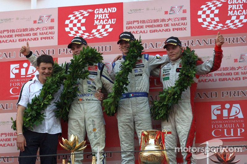 2010: 1. Edoardo Mortara, 2. Laurens Vanthoor, 3. Valtteri Bottas