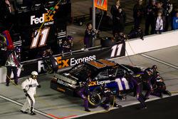 Pit stop for Denny Hamlin, Joe Gibbs Racing Toyota