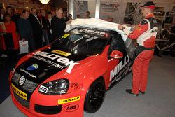 Shaun Hollamby Unveils his 2011 BTCC AmD VW Golf