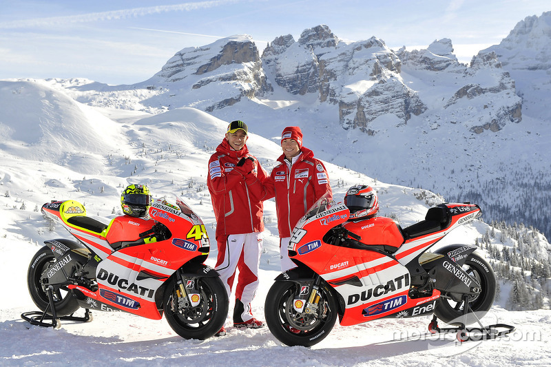 Présentation de la Ducati Desmosedici GP11 avec Valentino Rossi et Nicky Hayden