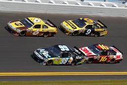David Ragan, Roush Fenway Racing Ford, Carl Edwards, Roush Fenway Racing Ford, Greg Biffle, Roush Fenway Racing Ford, Marcos Ambrose, Petty Motorsport Ford