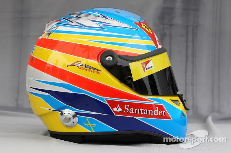 Casco de Fernando Alonso en 2011