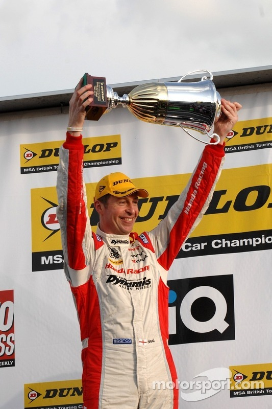 Winnaar: Matt Neal, Honda Racing