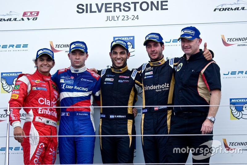 Podium : le vainqueur Roy Nissany, le deuxième Matthieu Vaxivière, le troisième Rene Binder, le meilleur rookie Pietro Fittipaldi