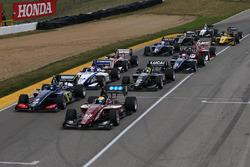 Inicio: Santiago Urrutia, Schmidt Peterson Motorsports líder