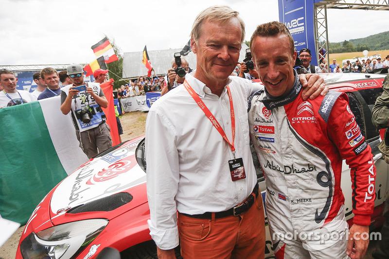 Ganador Kris Meeke, Citroën DS3 WRC, Citroën World Rally Team con Ari Vatanen
