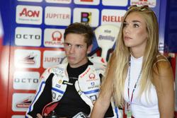 Scott Redding mit seiner Freundin