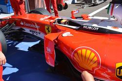 Un côté de la Ferrari SF16-H