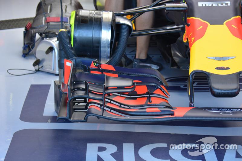 Red Bull Racing RB12, detail van de voorvleugel
