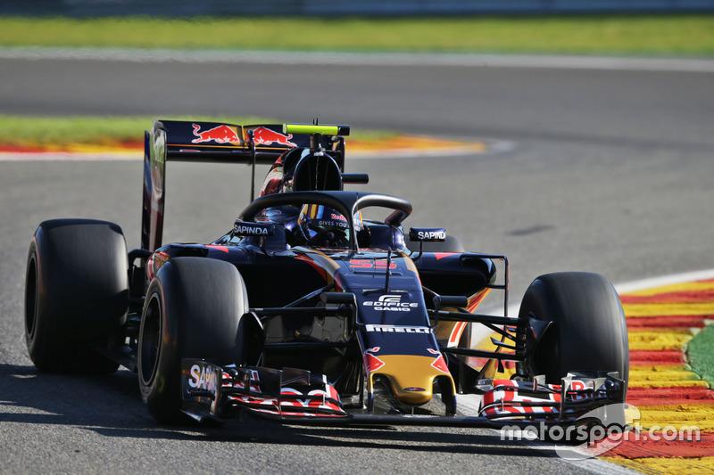 Carlos Sainz, Scuderia Toro Rosso STR11, con el Halo 2