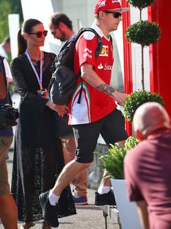 Kimi Räikkönen, Ferrari mit seiner Frau Minttu Räikkönen