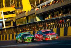Rick Kelly, Nissan Motorsports; Mark Winterbottom, Prodrive Racing Australia, Ford