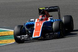 Эстебан Окон, Manor Racing MRT05