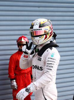 Lewis Hamilton, Mercedes AMG F1 viert zijn pole
