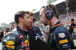 Даніель Ріккардо, Red Bull Racing, гоночний інженер Red Bull Racing Саймон Ренні