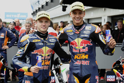 Podium: racewinnaar Brad Binder, Red Bull KTM Ajo, derde plaats Bo Bendsneyder, Red Bull KTM Ajo