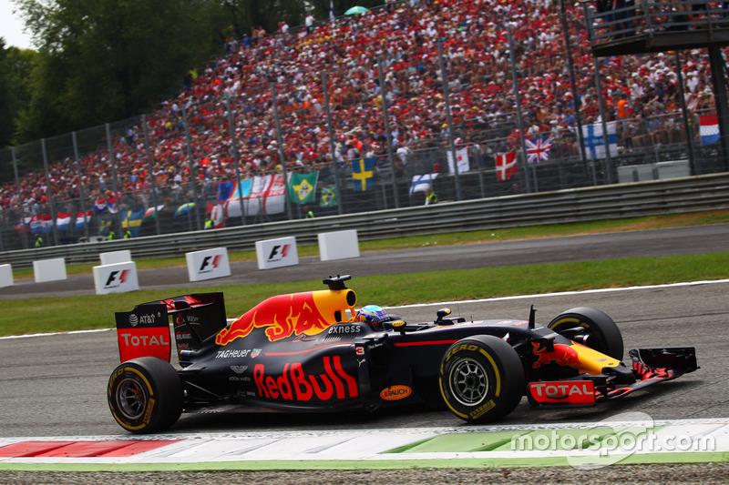 14º Daniel Ricciardo - 17 corridas - De Espanha 2016 até Abu Dhabi 2016 - Red Bull