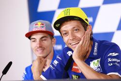 Valentino Rossi, Yamaha Factory Racing; Maverick Viñales, Team Suzuki Ecstar MotoGP