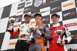 Podyum: 1. Matheus Leist, Double R Racing, 2. Harrison Scott, HHC Motorsport, 3. Ben Hingeley, HHC Motorsport