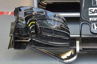 Detail sayap depan McLaren MP4-31