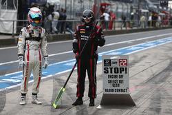 #22 Nissan GT Academy Team RJN, Nissan GT-R Nismo GT3: Sean Walkinshaw