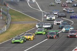 Start action, #19 GRT Grasser Racing Team, Lamborghini Huracan GT3: Michele Beretta, Andrea Piccini, Luca Stolz leads