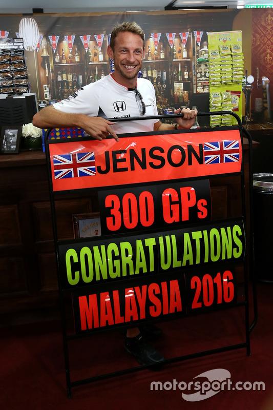 Jenson Button, McLaren celebra sus 300 GP