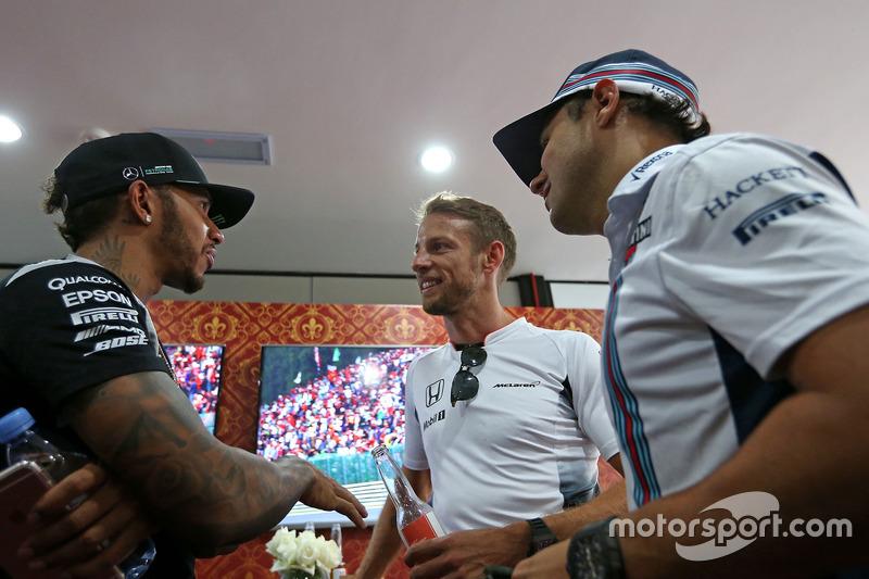 Jenson Button, McLaren Honda celebra sus 300 GP, Mercedes AMG F1 Team, Lewis Hamilton y Felipe Massa, Williams F1 Team