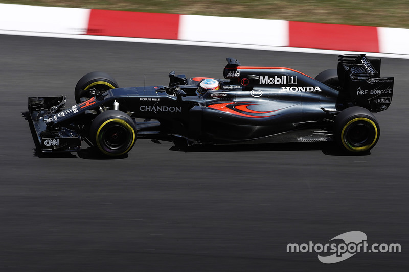 22. Fernando Alonso, McLaren MP4-31