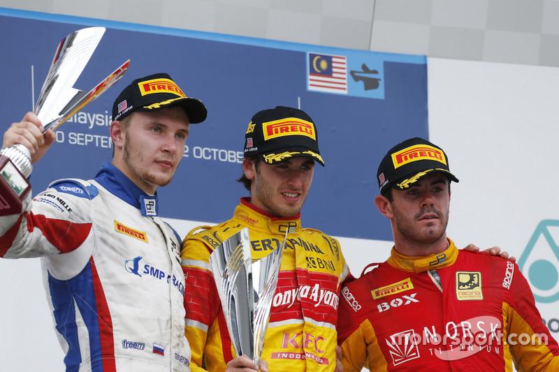Podium : Antonio Giovinazzi, PREMA Racing, Sergey Sirotkin, ART Grand Prix et Norman Nato, Racing Engineering