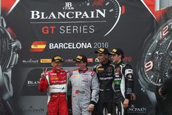 Podium: Sieger Am-Cup Claudio Sdanewitsch, AF Corse; Sieger Sprint Championship Enzo Ide, Belgian Audi Club Team WRT; Sieger Silver-Cup Luca Stolz, Michele Beretta, GRT Grasser Racing Team