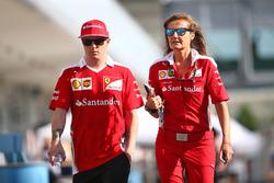 Kimi Raikkonen, Ferrari con Stefania Bocchi, Ferrari Press Officer