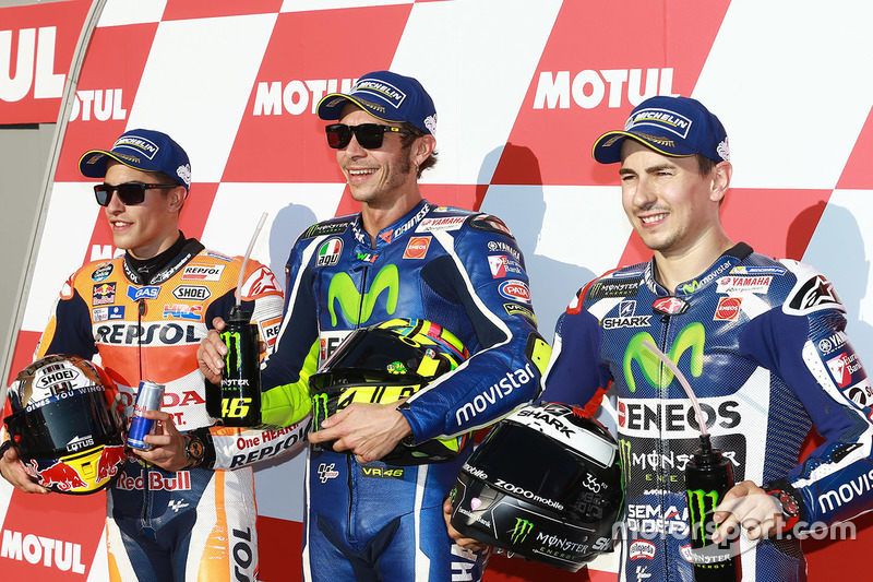 Поул-позиція Валентино Россі, Yamaha Factory Racing, друге місце Марк Маркес, Repsol Honda Team, третє місце Хрхе Лоренсо, Yamaha Factory Racing