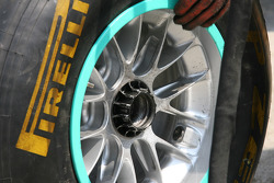 Mercedes running new wheel nuts that are already connected to the wheel