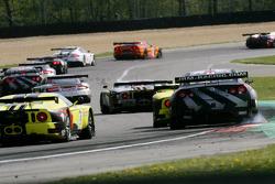 Peter Dumbreck, Richard Westbrook ; Nissan GT-R ; JR Motorsport