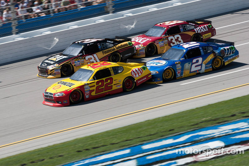 Kurt Busch, Penske Racing Dodge, Brad Keselowski, Penske Racing Dodge, Jeff Burton, Richard Childress Racing Chevrolet, Clint Bowyer, Richard Childress Racing Chevrolet