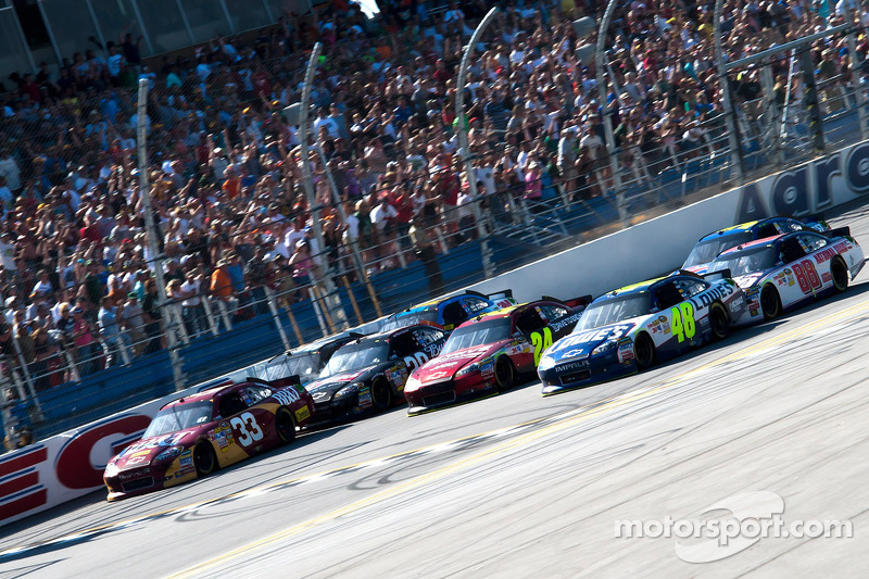 Talladega 2011: Jimmie Johnson und Clint Bowyer
