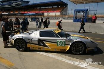 #69 Robertson Racing Ford GT-Doran