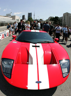 Molson Indy 2005 media event: the Ford GT pace car for the Molson Indy 2005