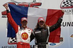 Podium: Race winner Sébastien Bourdais and third place Nelson Philippe celebrate