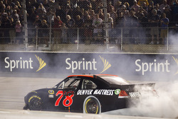 Race winner Regan Smith, Furniture Row Racing Chevrolet celebrates